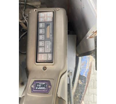 Мини багер 7500 кг Hitachi EX75UR image 8