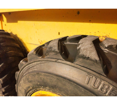 Мини челен товарач 2200 кг Gehl 4635  image 7