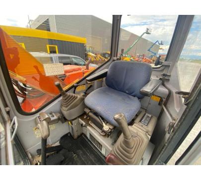 Мини багер 7500 кг Hitachi EX75UR image 6
