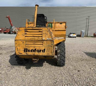 Дъмпер 4000 кг Benford PT4000 / 975 реални мото часа  image 8
