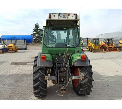 Трактор FENDT 211 F Vario image 3
