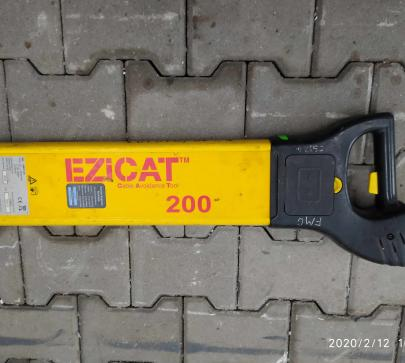 Детектор за кабели EziCAT