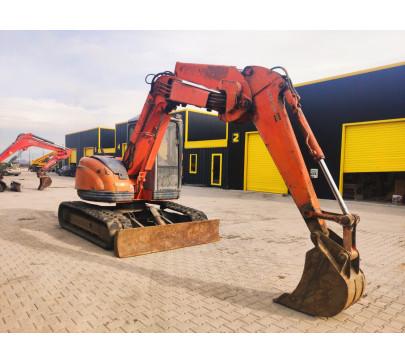 Мини багер 7500 кг Hitachi EX75UR image 1