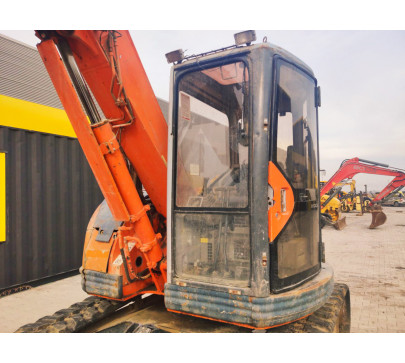 Мини багер 7500 кг Hitachi EX75UR image 7