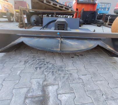 Косачка прикачен инвентар за мини челен товарач  image 3