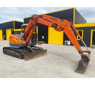 Мини багер 7500 кг Hitachi EX75UR